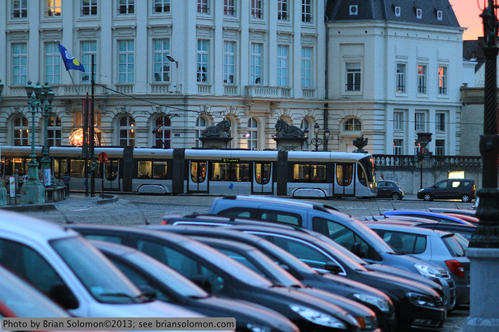 Twilight glow near Place Royale, Brussels.  Canon EOS 7D.