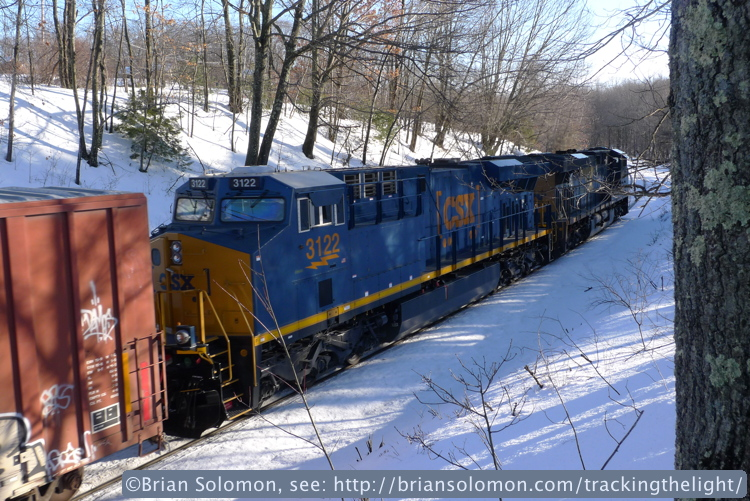 Trailing view of CSXT's modern GE diesels as the descend the old grade toward Worcester. Lumix LX3 photo.