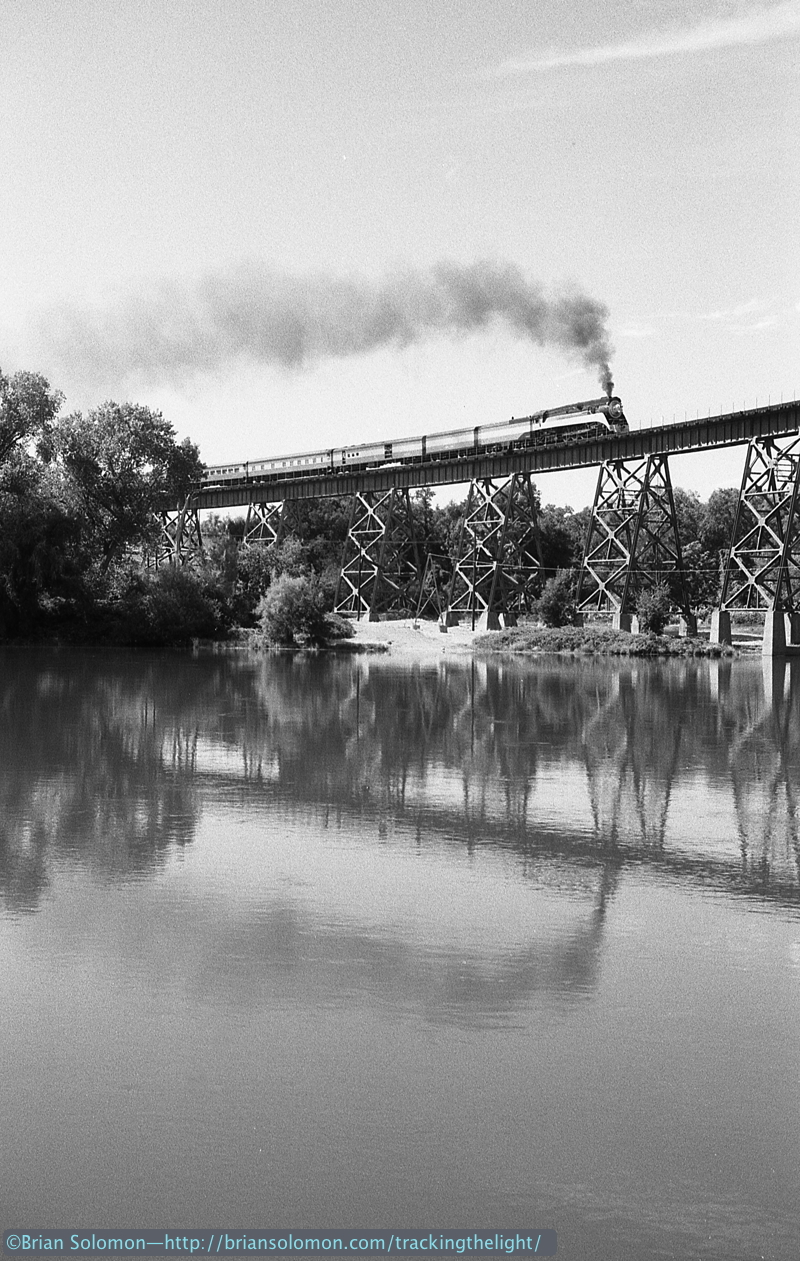 SP Daylight 4449 crosses the curved tower-supported plate girder viaduct at Redding, California on August 31, 1991. Exposed using a Leica M2 with 50mm Summicron lens.