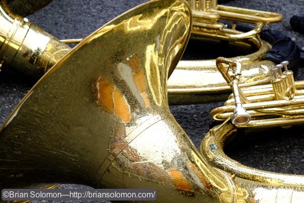 Tuba_in_the-Rain_DSCF2880