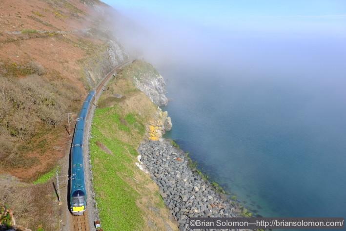 An Irish Rail ICR from Rosslare works toward Dublin.