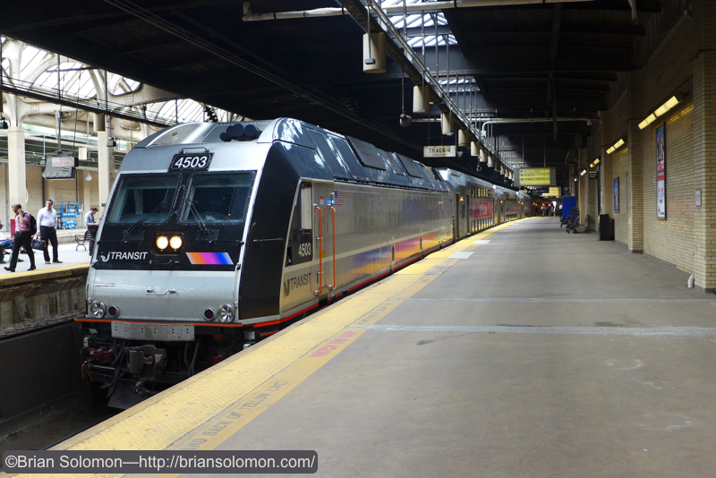 Dual mode at Newark Pennsylvania Station.